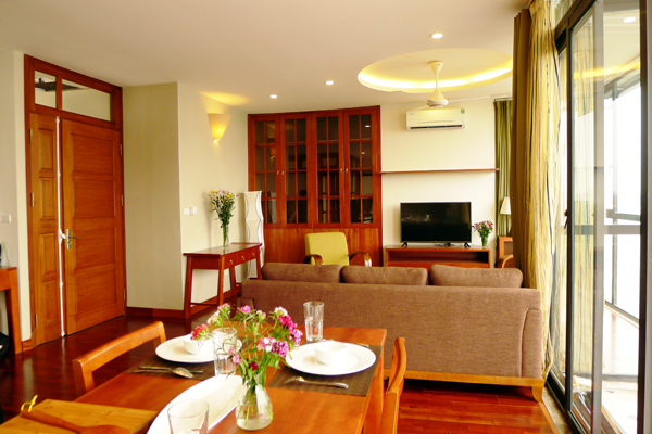 Nice apartment with 3 bedrooms for rent in Xom Chua, Dang Thai Mai street, Tay Ho, Hanoi