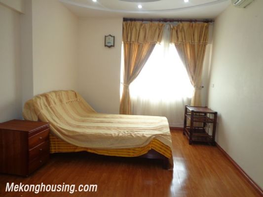 Nice Fully Furnished in Nguyen Chi Thanh Street 4