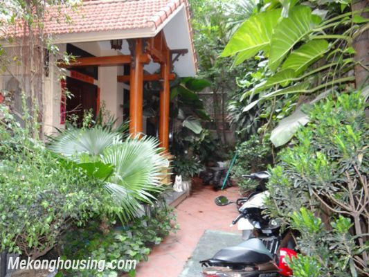 Nice House, 03 Bedrooms For Rent in Ba Dinh district 1
