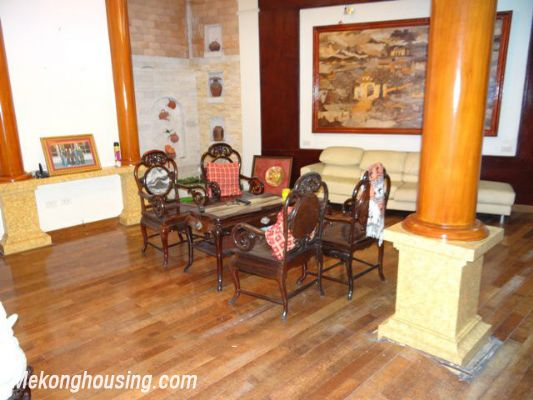 Nice House, 03 Bedrooms For Rent in Ba Dinh district 7