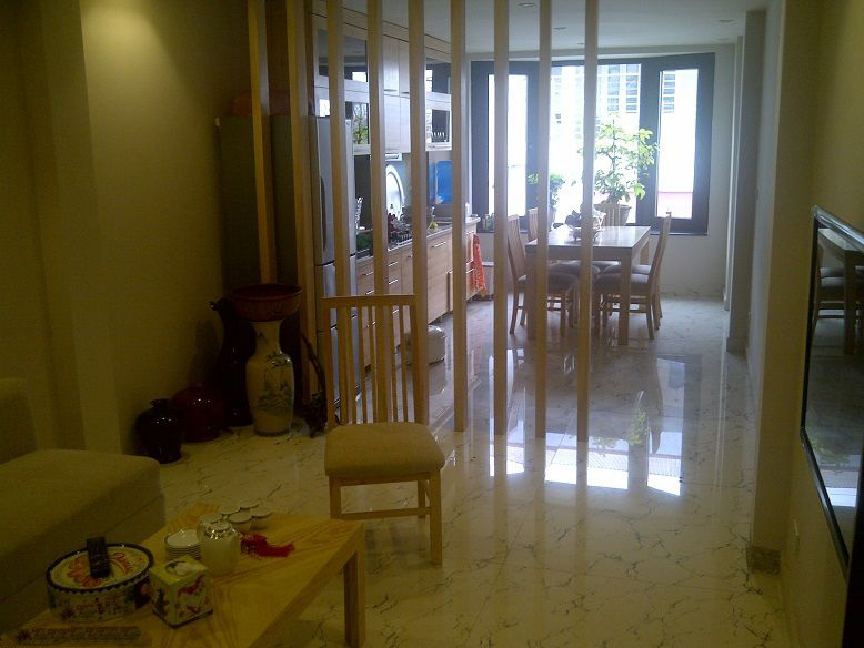 Nice House For Rent, 03 Bedrooms in Cau Giay street, Ha Noi