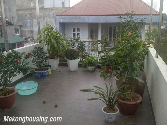 Nice House For Rent, 03 Bedrooms in Cau Giay street, Ha Noi 9