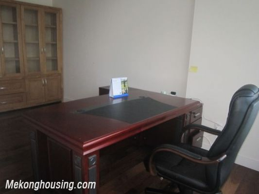 Nice Rental Apartment in Tower B KeangNam 6