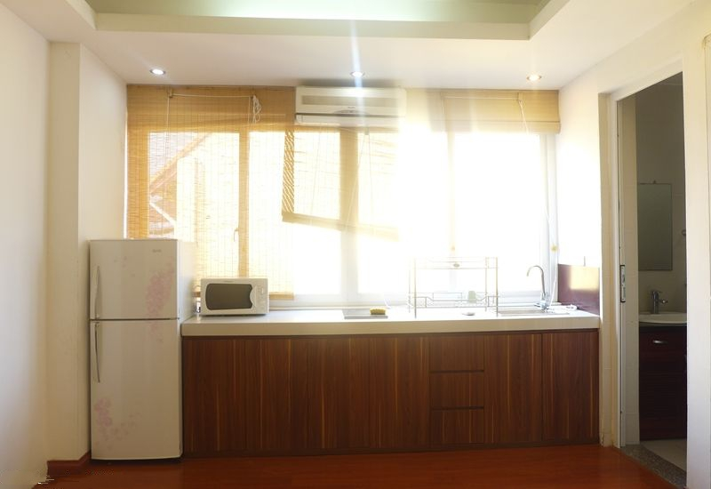 Nice serviced apartment for rent in Au Co street, Tay Ho district, Hanoi