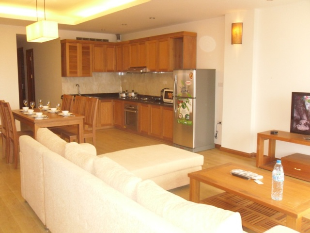 Nice Serviced Apartment For Rent in Doan Ke Thien Street