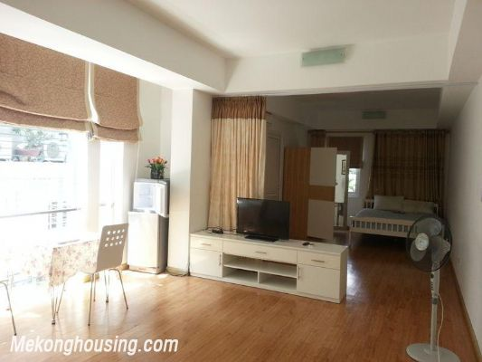 Nice serviced apartment for rent in Lang Ha street, Dong Da district, Hanoi 1