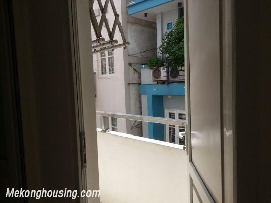 Nice serviced apartment for rent in Lang Ha street, Dong Da district, Hanoi 6