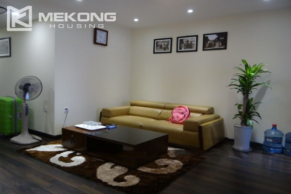 Nice serviced apartment for rent near Hoan Kiem lake 4