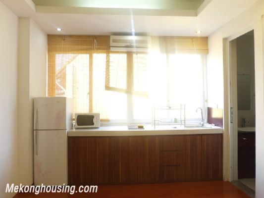 Nice serviced apartment with 1 bedroom for rent in Au Co street, Tay Ho district, Hanoi 2
