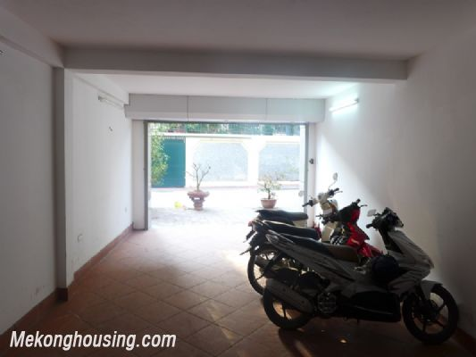 Nice serviced apartment with 1 bedroom for rent in Au Co street, Tay Ho district, Hanoi 10