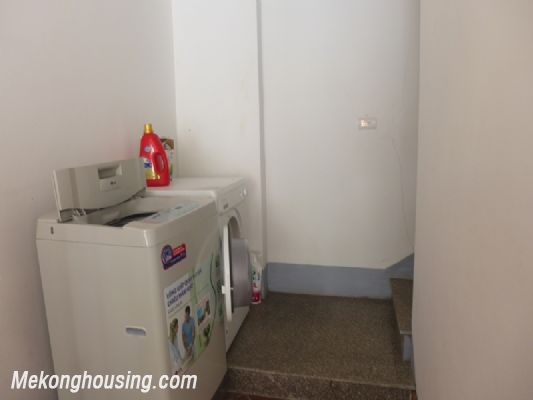 Nice serviced apartment with 1 bedroom for rent in Au Co street, Tay Ho district, Hanoi 11
