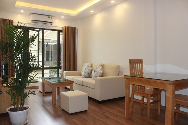 Nice serviced apartment with 1 bedroom for rent in Hoang Quoc Viet street, Cau Giay
