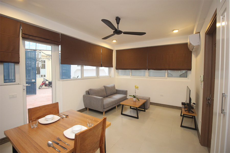 Nice serviced apartment with 1 bedroom for rent on To Ngoc Van street, Tay Ho district 2
