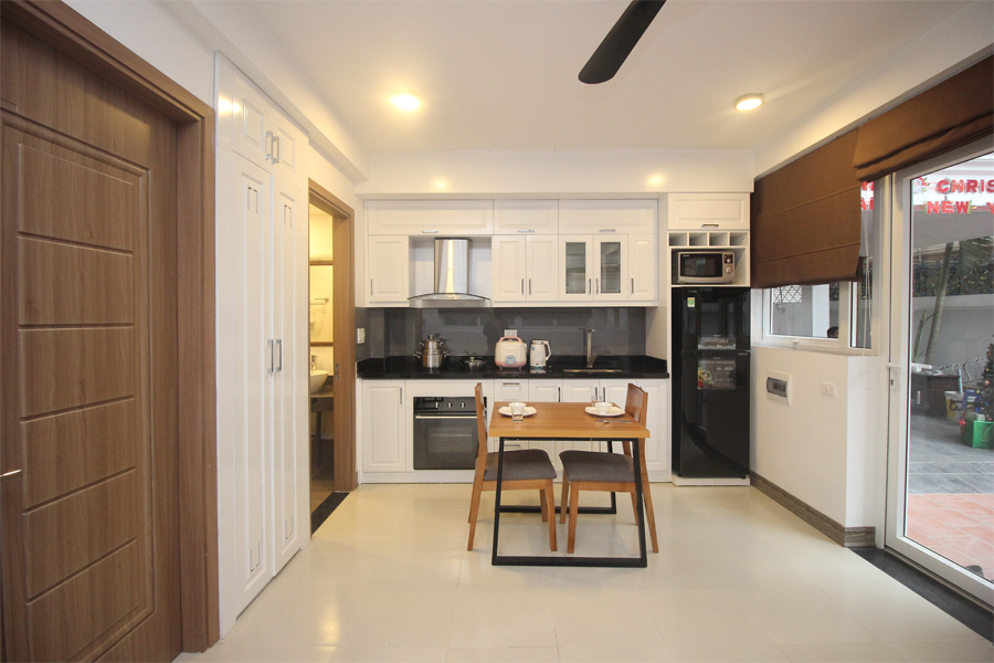 Nice serviced apartment with 1 bedroom for rent on To Ngoc Van street, Tay Ho district 5