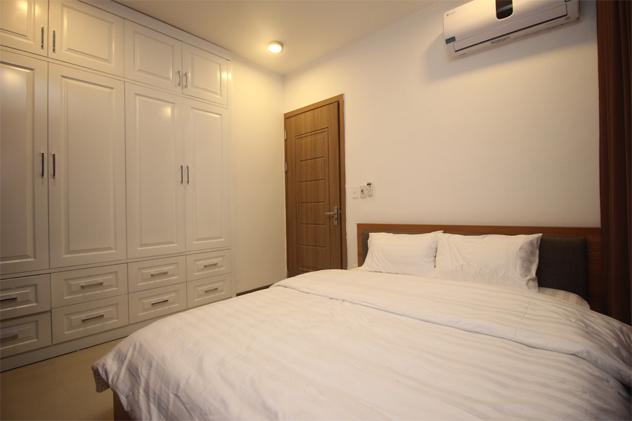 Nice serviced apartment with 1 bedroom for rent on To Ngoc Van street, Tay Ho district 6