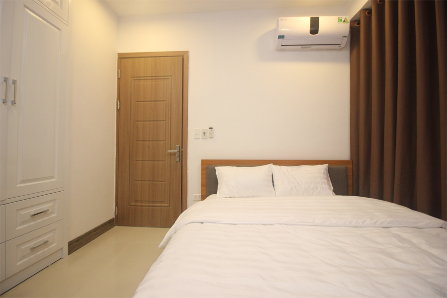 Nice serviced apartment with 1 bedroom for rent on To Ngoc Van street, Tay Ho district 7