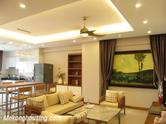 Nice serviced apartment with 3 bedrooms for rent in Vuon Dao building, 689 alley, Lac Long Quan street, Tay Ho district, Hanoi 2