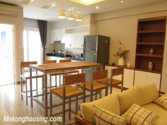 Nice serviced apartment with 3 bedrooms for rent in Vuon Dao building, 689 alley, Lac Long Quan street, Tay Ho district, Hanoi 4