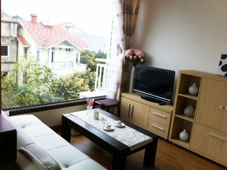 One Bedroom Serviced Apartment For Rent in Dang Thai Mai street, Tay Ho district, Hanoi, $400/month