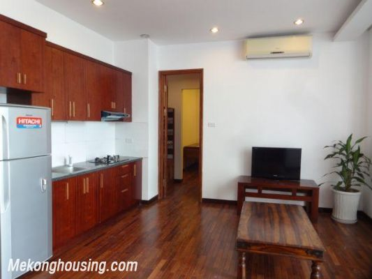 One bedroom serviced apartment for rent in Dang Thai Mai street, Tay ho district, Hanoi 2