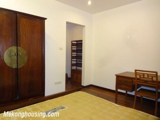 One bedroom serviced apartment for rent in Dang Thai Mai street, Tay ho district, Hanoi 5