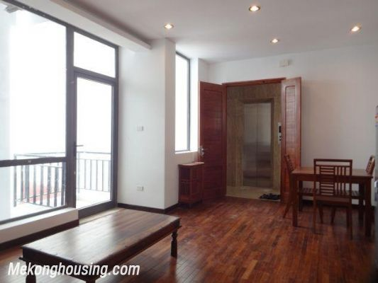 One bedroom serviced apartment for rent in Dang Thai Mai street, Tay ho district, Hanoi 7