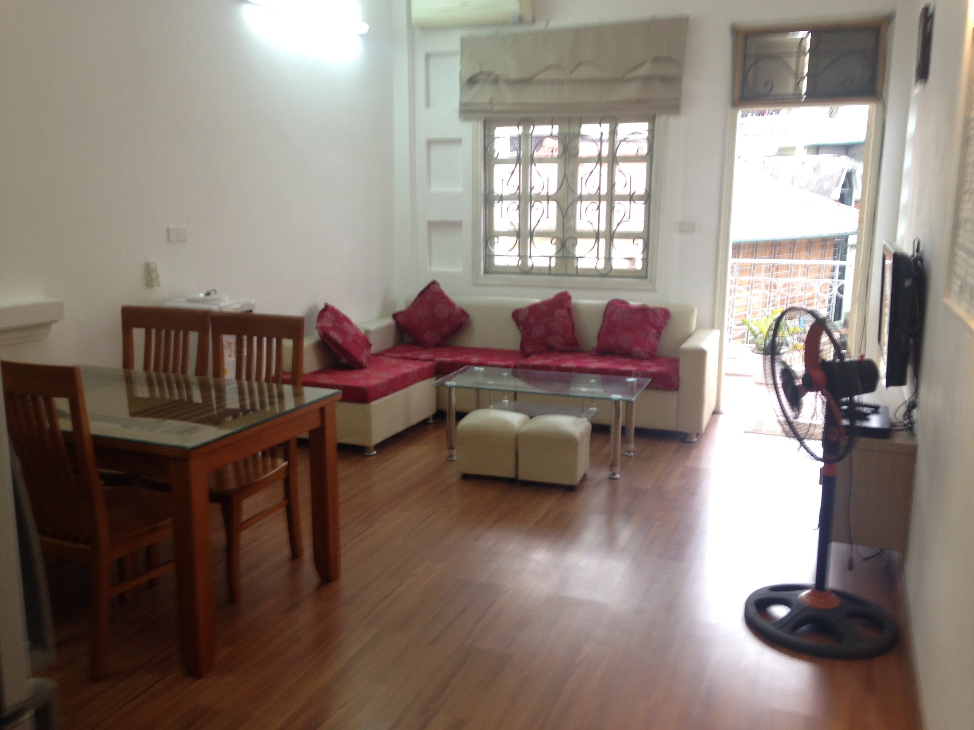 One bedroom serviced apartment for rent in Dao Tan street, Tay Ho district, Hanoi