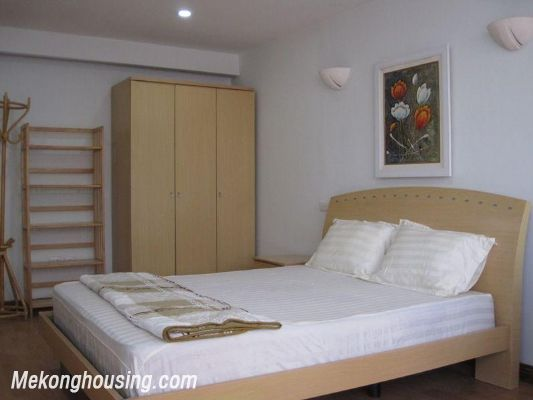 One bedroom serviced apartment for rent in Lang Ha street, Dong Da district, Hanoi 5