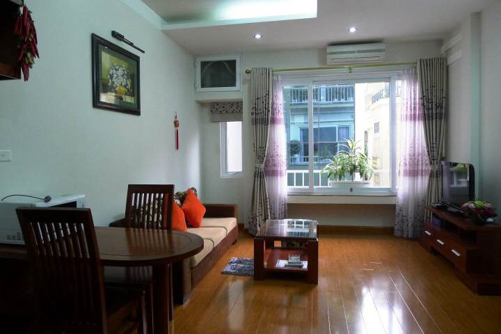 One bedroom serviced apartment for rent in Lieu Giai street, Ba Dinh district, Hanoi