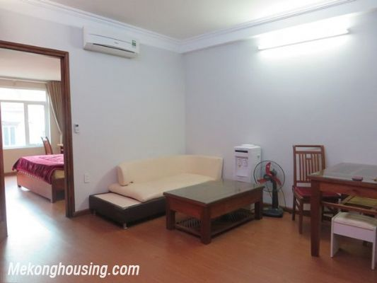 One bedroom serviced apartment for rent in Tran Quoc Hoan street, Cau Giay, Hanoi 3