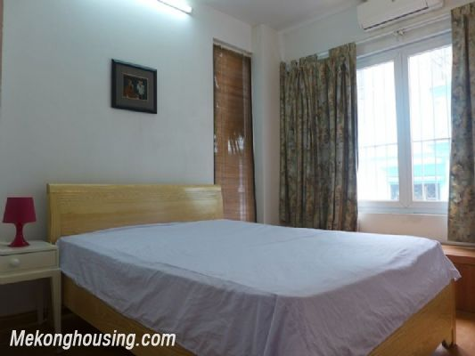 One bedroom serviced apartment for rent in Xuan Dieu district, Tay Ho, Hanoi 4