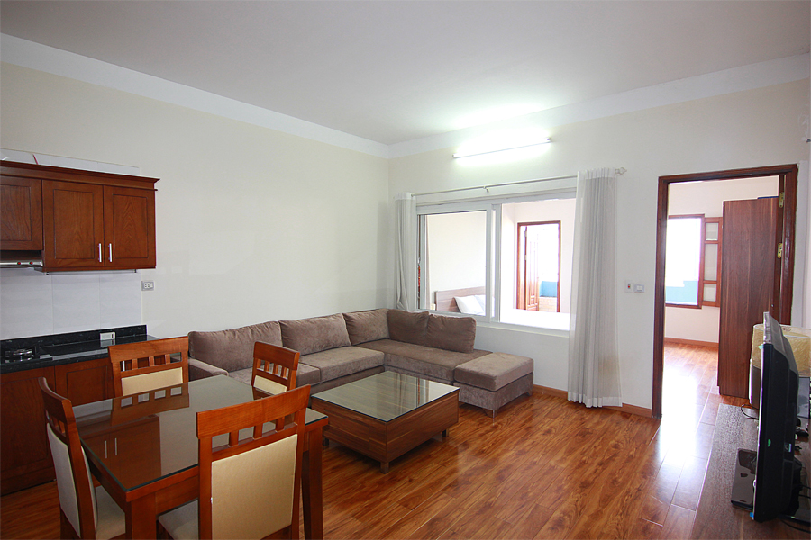 One bedroom serviced apartment for rent on Au Co street, Hanoi 1