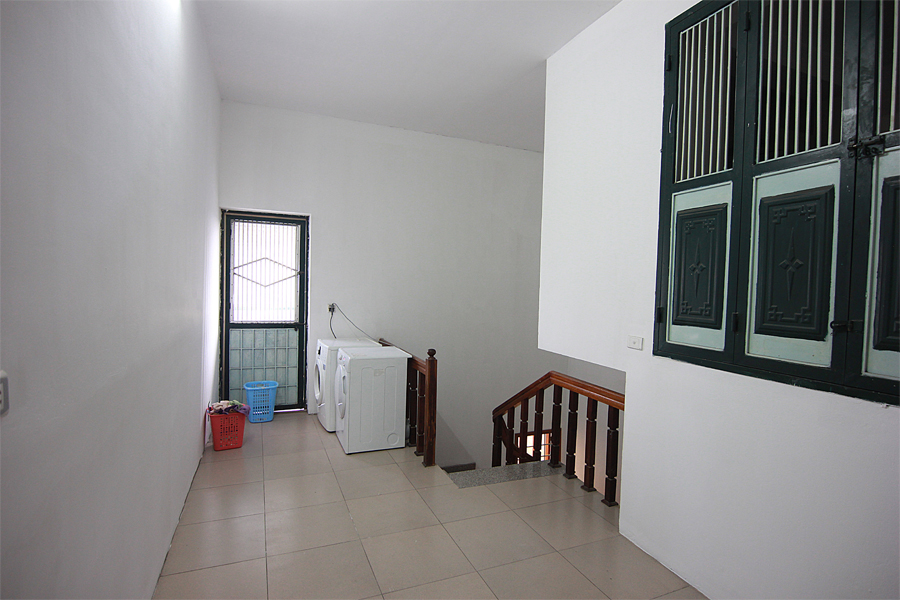 One bedroom serviced apartment for rent on Au Co street, Hanoi 13