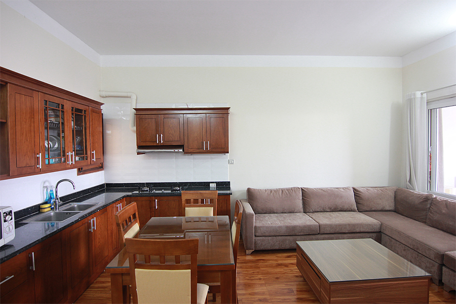 One bedroom serviced apartment for rent on Au Co street, Hanoi 3