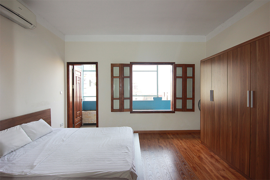 One bedroom serviced apartment for rent on Au Co street, Hanoi 7