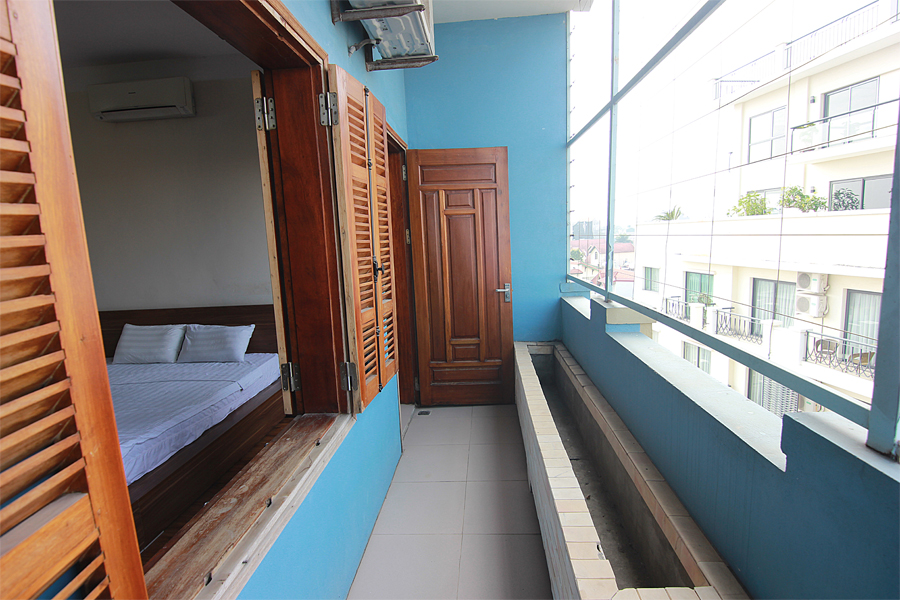 One bedroom serviced apartment for rent on Au Co street, Hanoi 9
