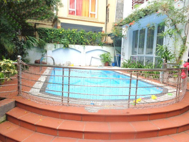 Outdoor swimming poor villa for rent in Quang An street, Tay Ho district, Hanoi