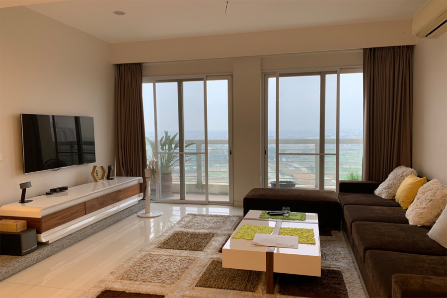 Outstanding apartment with modern design for rent in E5 tower Ciputra 3