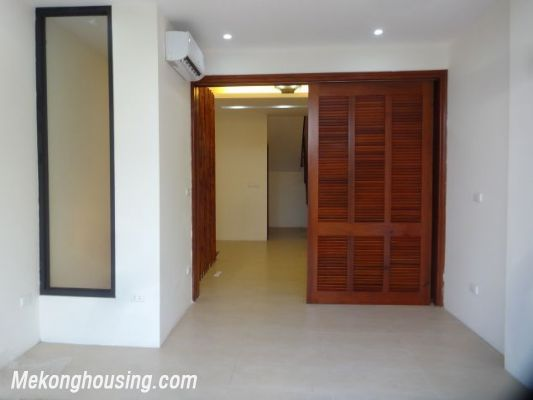 Partly furnished house with 4 bedrooms for rent in Dang Thai Mai, Tay Ho, Hanoi. 20