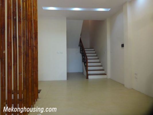 Partly furnished house with 4 bedrooms for rent in Dang Thai Mai, Tay Ho, Hanoi. 10