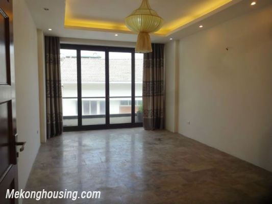 Partly furnished house with 4 bedrooms for rent in Dang Thai Mai, Tay Ho, Hanoi. 12