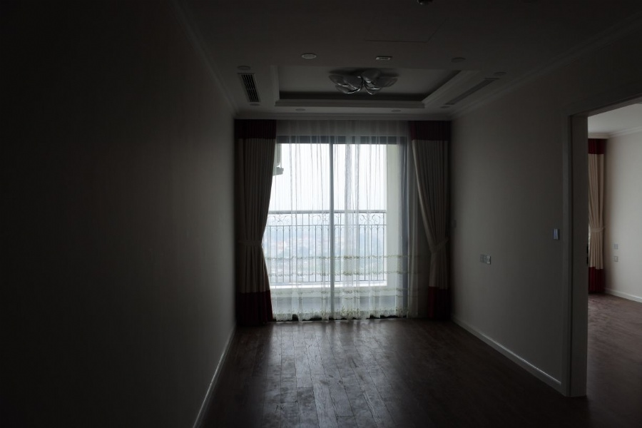 Price cheap 2 bedroom apartment for rent in R2 Sunshine Riverside 1