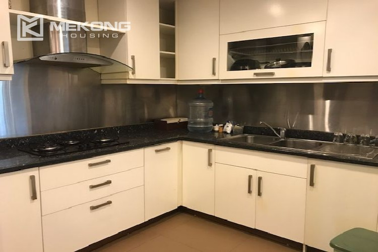 Renovated 182 m2 apartment with 3 bedrooms in P2 tower Ciputra Hanoi 8