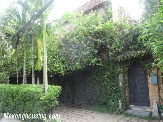 Rental old style French villa, fully furnished in Ngoc Thuy, Long Bien, Hanoi 1