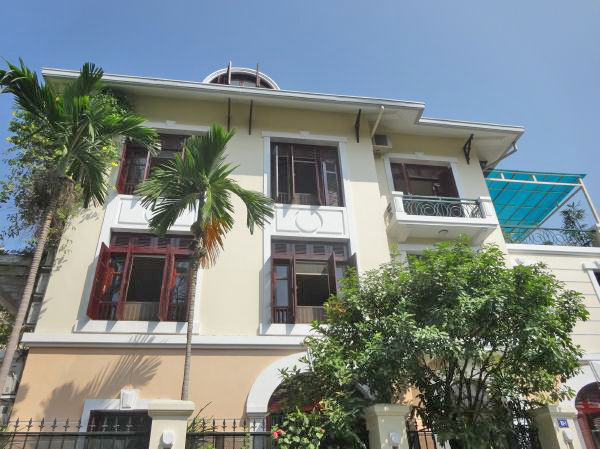 Renting Villa With 5 Bedrooms in D3 Ciputra Tay Ho
