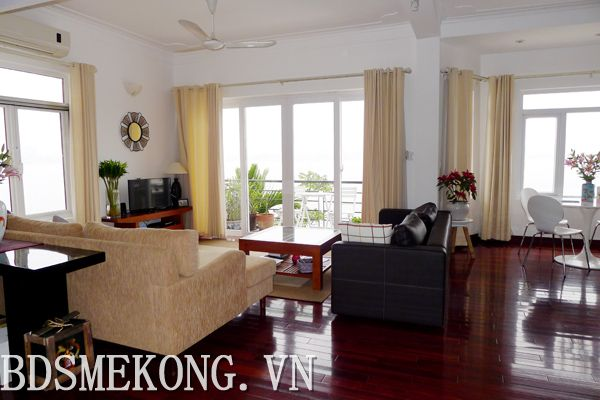 Serviced apartment with fully furnished, cheap price for rent in Tay Ho