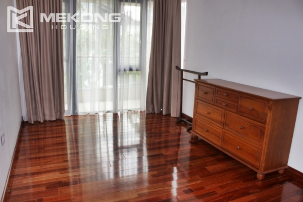 Serviced apartment with lake view and 3 bedrooms for rent in Tay Ho 10