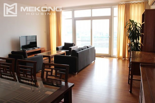Spacious 2 bedroom apartment with Truc Bach lake view for rent 2