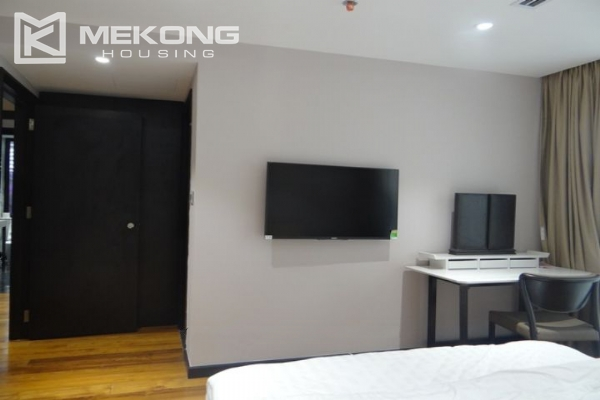 Spacious and fully furnished apartment with 3 bedrooms for rent in Hoan Kiem district, Hanoi 7