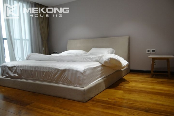 Spacious and fully furnished apartment with 3 bedrooms for rent in Hoan Kiem district, Hanoi 17